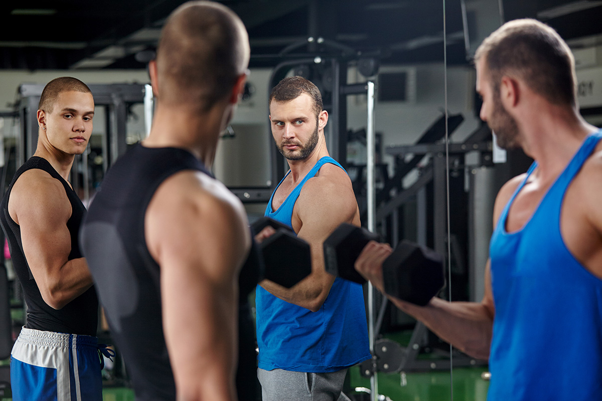 mind-muscle connection - focus on muscle when lifting weights